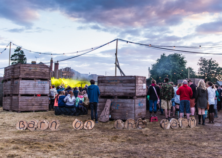 The Outdoor Stage – Barn on the Farm 2016